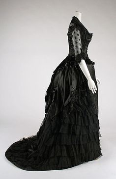 Evening dress, early 1880s
