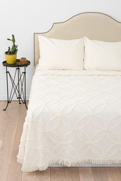 Circle Chain Chenille Coverlet #urbanoutfitters