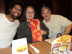 Jantando com minha irmã e meu cunhado em Austin - Texas