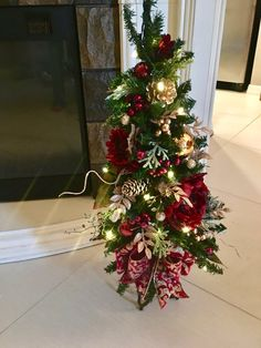 Christmas Topiary Tree with Ruby Red Peony. Christmas Topiary, Mini Christmas Tree, Christmas Store, Christmas Crafts, Christmas Ornaments, Xmas Trees, Handmade Christmas, Christmas Tablescapes, Outdoor Christmas Decorations