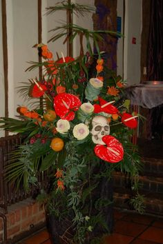 A Halloween Wedding Pedestal