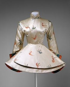 1935 ! Madame Gres ( Alix Barton) silk Asian inspired jacket. Way ahead of her time!