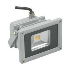 Sustituye tus focos halógenos convencionales por proyectores LED de 10W  última generación consiguiendo un ahorro sorprendente en la factura de la luz. Este proyector consume sólo 10W proporcionando la misma intensidad lumínica que una bombilla de 100W. http://tdae.es/proyector-led-exterior/28-proyector-led-10w.html