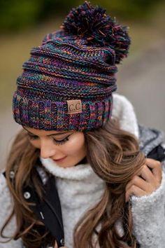 Wear Knits Hats And Beanies Cc Hats, Beanie Hats For Women, Winter Hats For Women, Beanie Outfit, Outfits With Hats, Cute Outfits, Knitted Hats, Crochet Hats, Knit Beanie