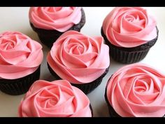 How to Frost a Rose Cupcake in 5 Seconds - YouTube