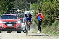 Giro d'Italia 2016 Stage 8: Gianluca Brambilla in Tuscany