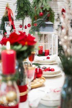 Weihnachten Styletable,     Weihnachtsdekoration, Weihnachtsdeko,  Weihnachtskränze, Weihnachtskerzen,  Tischdeko  Ideen, Tischdeko Weihnachte, Tischdekoration Weihnachten, Weihnachtstisch, Weinachten  Deko Ideen, Winterrezepte, festliches Geschirr,  funkelnder Weihnachtstisch, rote und weiße  Tischdeko, Weihnachtsdekoration rot, Christmas decoration, red decoration,  Christmas recipes ideas, Christmas wreath, table decoration christmas Decoration Christmas, Decoration Table, Dinner Table, Recipes, Home Decor, Holiday Tree, Christmas Time, Christmas Decor, Dishes