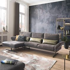 Die Muse ist die liebste Freundin der Inspiration ...  Und hier lässt man sich gerne von der Muse küssen! Decor, Furniture, Sofa, Sectional Couch, Loft, Loft Design, Home Decor