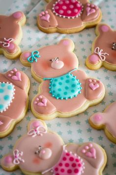 Sweet Pink Bear Decorated Cookies for Baby Shower. Galletas decoradas.