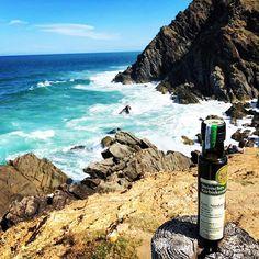 Unser Steirisches Kürbiskernöl bereist die Welt! Hier am Strand Byron Bay an der Ostküste Australiens!  Verfolgt die Reisen unseres Steirischen Kürbiskernöls auf Facebook, Instagram und auf unserer Homepage! Byron Bay, Strand, Coffee Maker, Kitchen Appliances, Tours, Australia, Facebook, Instagram, Flasks
