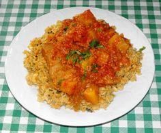 A nice, hot fishy curry! Garlic Recipes, Spicy Recipes, Potato Recipes, Indian Food Recipes, Pepper Recipes, Ethnic Recipes, Some Recipe, Recipe Using