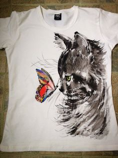 Handpainted Tshirt Cat and Butterfly. Cat tee. by palettePandora