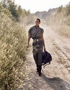 Nicolas Valois Snaps Military Fashion As Madame Figaro France Inspires Delayed Reflections — Anne of Carversville Military Chic, Military Looks, Military Women, Military Fashion, Thomas Sabo, Kenzo, Fashion Shoot, Editorial Fashion, Mode Editorials