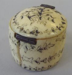 Antique ivory snuff box