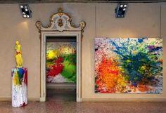 """Veduta della mostra """"Shozo Shimamoto. Opere 1950-2011. Oriente e Occidente"""", Palazzo Magnani, RE"""