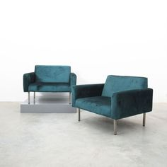 George Nelson Oversized Pair of Chairs for Miller, circa 1965