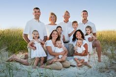 large family photo ideas | Large Families posing ideas | Picture This - We are Family