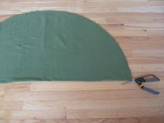 Sew Many Ways...: Tool Time Tuesday...No Sew Tree Skirt for $2.50 Diy Christmas Tree Skirt, Family Christmas, Christmas Diy, Christmas Decorations, Christmas Ornaments, Tree Skirts, Tuesday, Tools, Sewing