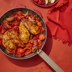 25-Minute Chicken with Stewed Peppers and Tomatoeswomansday