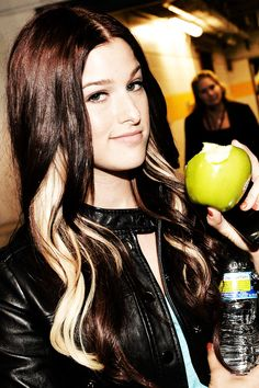 Cassadee Pope - I know she's like a big celebrity now but I'll always remember her as the frontgirl of Hey Monday ♥