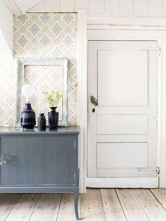 #linseedoil #linseed #paintedfurniture #diy Modern Vintage Decor, Swedish House, Vintage Interiors, Modern Country, Beautiful Interiors, Bathroom Inspiration, Interior Decorating, House Design, Hygge