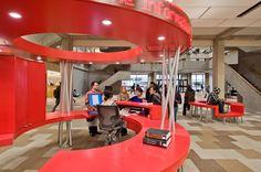 York University Learning Commons / Levitt Goodman Architects - Info Desk