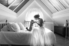 """Newlyweds Are Having Sweet Post-Wedding Photos Taken with Their Favorite Felines Cats in Wedding Photoshoot Ideas<br> """"I would not have endured the idea that in the pictures of the most important day of my life there was not Arthur, my beloved cat. Cat Wedding, Wedding Pictures, Dream Wedding, Wedding Day, Lesbian Wedding, Wedding Vintage, Wedding Menu, Perfect Wedding, Wedding Ceremony"""
