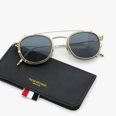 THOM BROWNE. 2015s/s TB-710 clip&case | PonMegane Men Sunglasses Fashion, Fashion Eye Glasses, Stylish Sunglasses, Types Of Sunglasses, Clip On Sunglasses, Oakley Sunglasses, Swag Outfits Men, Fashion Outfits, Eyeglass Frames For Men