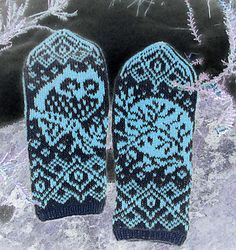 Ravelry: Moon Owl pattern by Natalia Moreva Crochet Mittens, Knitted Gloves, Knit Crochet, Knitting Charts, Knitting Socks, Knitting Patterns, Owl Bags, Owl Quilts, Felt Owls