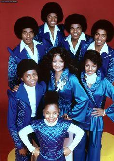 Maureen, Tito, Jackie, Jermaine, LaToya, Marlon, Michael, Randy, and Janet Jackson