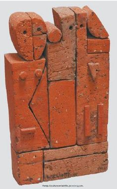 Es uno de los pocos artistas en actividad que integró el legendario Taller Torres García desde la década del cincuenta y participó en todas sus exposiciones desde 1956, incluyendo en 1961, la primera muestra del Taller Torres García en Nueva York.