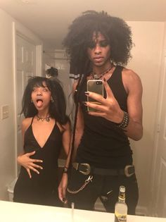 MORDE(CAI) Why the fuck did it never come across to me that black goth people actually exist Black Girl Aesthetic, Goth Aesthetic, Grunge Goth, Punk Goth, Goth Boy, Boho Grunge, Afro Punk, Pretty People, Beautiful People