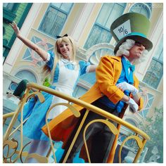 Alice and The Mad Hatter ~ Celebrate A Dream Come True Parade