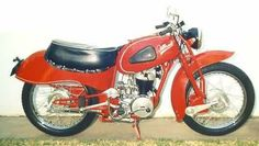 Est. 945 Rex Tilbrook manufactured motorcycles and sidecars using a Villiers imported engine, with a leading link front fork and a cantilevered rear suspension system. He also developed a racing rotary valve 4 stroke engine.