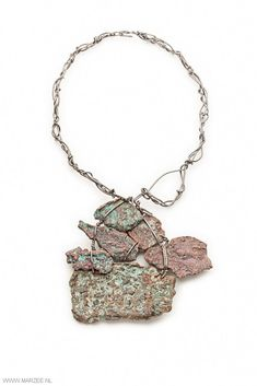 Iris Bodemer - Civilisation, 2013 - necklace, native copper, iron - 150 x 315 x 20 mm
