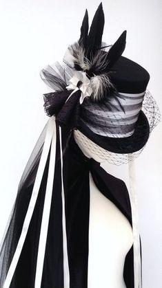 Victorian Gothic steampunk wedding top hat - Lady Mathius Neo Victorian Gothic wedding hat by Blackpin on Etsy, - Costume Steampunk, Viktorianischer Steampunk, Steampunk Wedding, Steampunk Fashion, Fashion Goth, Steampunk Necklace, Steampunk Clothing, Fashion Clothes, Style Fashion