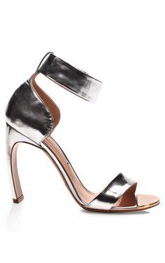Silver Bow Heel Sandal Resort 2014 by Nicholas Kirkwood for Preorder on Moda Operandi Silver Sandals, Metallic Sandals, Silver Heels, Ankle Wrap Sandals, Shoes Sandals, Heeled Sandals, Strap Sandals, Ankle Strap, Club Shoes