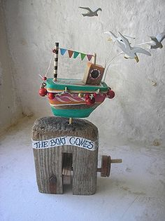 Automata & Mechanical Toys by Jane Ryan Book Crafts, Fun Crafts, Kids Boat, Wind Sculptures, Seaside Decor, Kinetic Art, Arte Popular, Hand Art, Driftwood Art