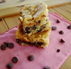 Peanut Butter Chocolate Chip Snack Cake