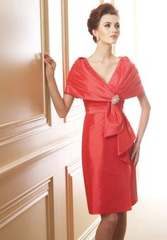 The Best 101 Mother of The Bride Dresses, Outfits and Style Ideas for Summer https://bridalore.com/2017/07/11/101-mother-of-the-bride-dresses-outfits-and-style-ideas-for-summer/