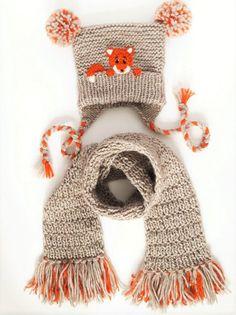 Hat and Scarf Fox Hat Winter Accessories Pom Pom Hat Scarf with Fringe Winter Outfit Kids Fashion Earflap Hat Kids Outfit Cute Hat Zukünftige Projekte Crochet Mignon, Crochet Fox, Crochet Beanie, Cute Crochet, Knitted Hats Kids, Knitting For Kids, Baby Knitting, Fox Hat, Hat And Scarf Sets