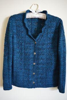 Lace Knitting, Knitting Patterns Free, Crochet Lace, Knitting Sweaters, Lace Vest, Knit Cardigan, Cardigan Pattern, Cardigans For Women, Merino Wool