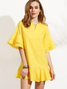 Yellow V Cut Tiered Ruffle Dress -SheIn(Sheinside) Trendy Dresses, Simple Dresses, Women's Fashion Dresses, Casual Dresses, Short Dresses, Maxi Outfits, Chic Outfits, Yellow Dress Summer, Baby Dress Design