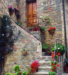 Tuscan style...This could be my back door.