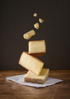 Creative Food, Selection, Poster, Olma, and Photography image ideas & inspiration on Designspiration Food Photography Styling, Food Styling, Levitation Photography, Exposure Photography, Water Photography, Abstract Photography, Product Photography, Film Photography, Cheese Art