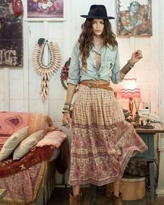 "Boho Clothing Boutique on Instagram: ""#bohoset #gypsy #boholook #bohomoments #bohoboutique #boho #gypsy #bohemianstyle"" Boho Hippie, Bohemian Mode, Boho Girl, Boho Gypsy, Boho Chic, Bohemian Clothing, Hippie Chick, Bohemian Lifestyle, Estilo Boho"