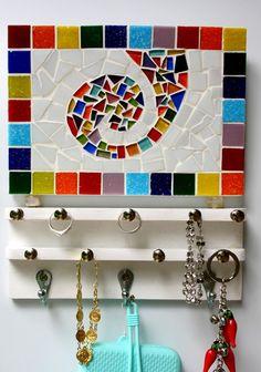 Porta bijouterias em mosaico Colorido