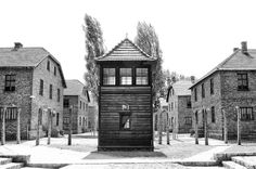 """Watch tower """"J"""" at the Auschwitz I camp. On the left Block 12, on the right Block 22."""