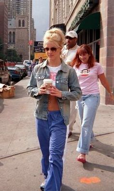 Britney Spears - Out and About