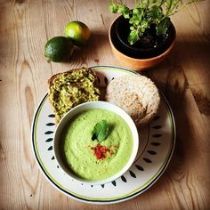 Super healthy pea soup with mint with avocado toast & pita. Whole food plant based diet is great! Super yummy. #healthyeating #healthyfood #veganfood #veganfoodporn